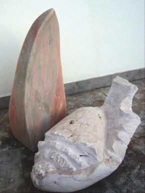 Catrineira mármore rosa e lioz 70 x 90 x 60 cm 2006