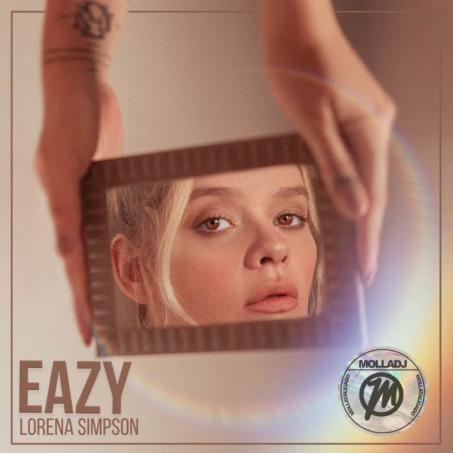 lorena simpson_Easy-Resize.com