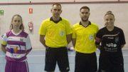 Juan José Cordero, segundo por la izquierda, antes de arbitrar un partido entre el Cádiz FS y el CD Loja el pasado mes de noviembre