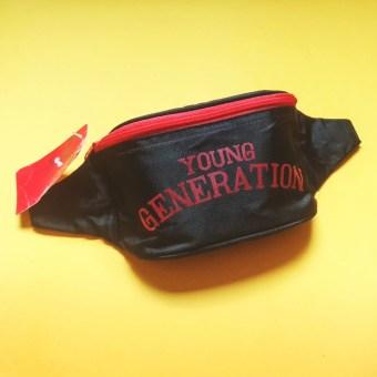 marsupio anni '90 Young Generation, nero e rosso su fondo giallo