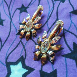 orecchini vintage a forma di testa di demogorgone