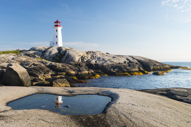 This road trip takes you to Atlantic Canada's best lighthouses