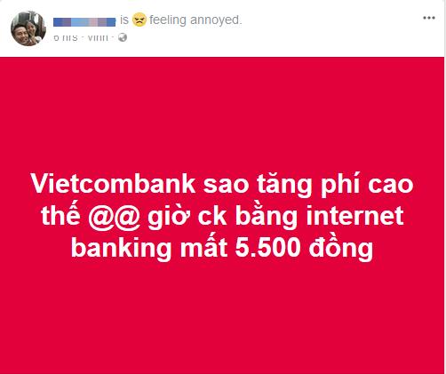 Không chỉ tăng phí dịch vụ SMS Banking lên 11.000 đồng, từ 1/3 Vietcombank còn thu phí chuyển tiền cùng hệ thống qua Mobile Banking - Ảnh 1.