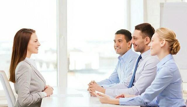 4 lỗi ngôn ngữ cơ thể khiến bạn mất điểm nghiêm trọng trong mắt nhà tuyển dụng, nhiều người mắc phải mà không nhận ra - Ảnh 1.