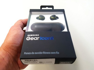 Samsung Gear IconX é um fone minúsculo com muita tecnologia