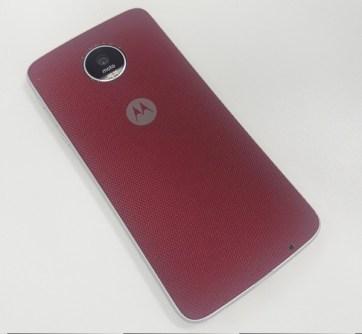 Moto Z Play com a capa Style Shell