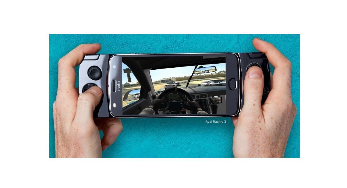 Conheça o gamepad da Motorola em vídeo