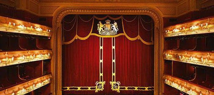Entra en el Teatro Real desde tu Samsung Smart TV