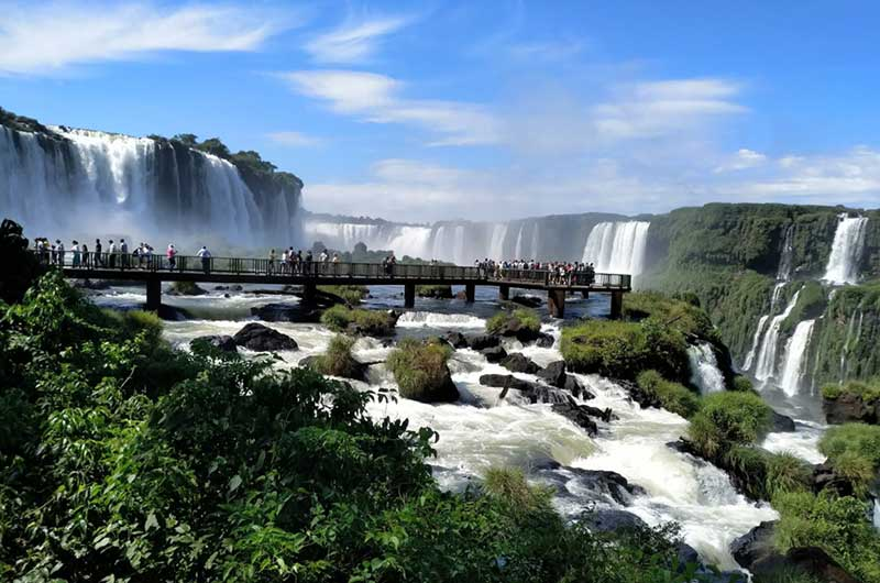 Cataratas del Iguazu - Día Del Orgullo Friki: Visita Con Google Earth Las 10 Localizaciones De Las Películas De Superhéroes Más Famosas