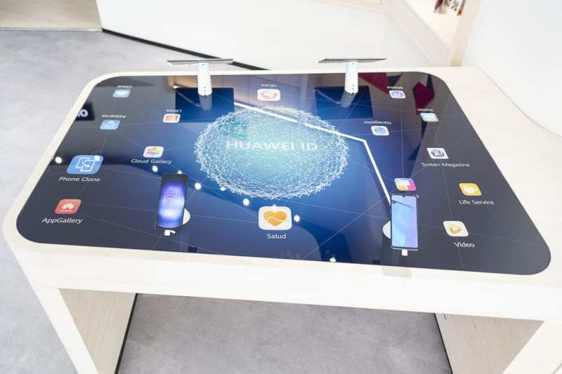 Huawei Press 008 - Visitamos #EspacioHuawei, la nueva (y enorme) tienda en Madrid