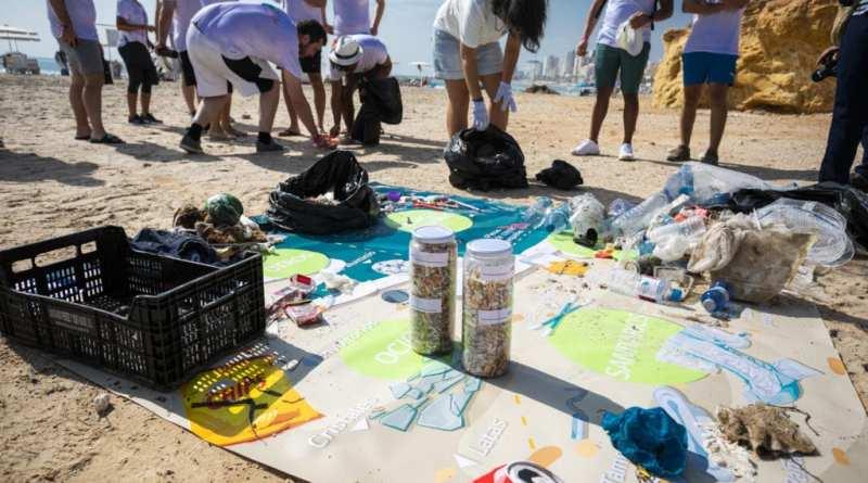 LG Iberia ayuda a limpiar el Mediterráneo