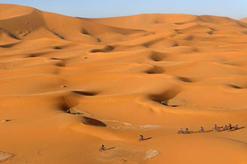 Pistolezato de salida para Titan Desert by Garmin