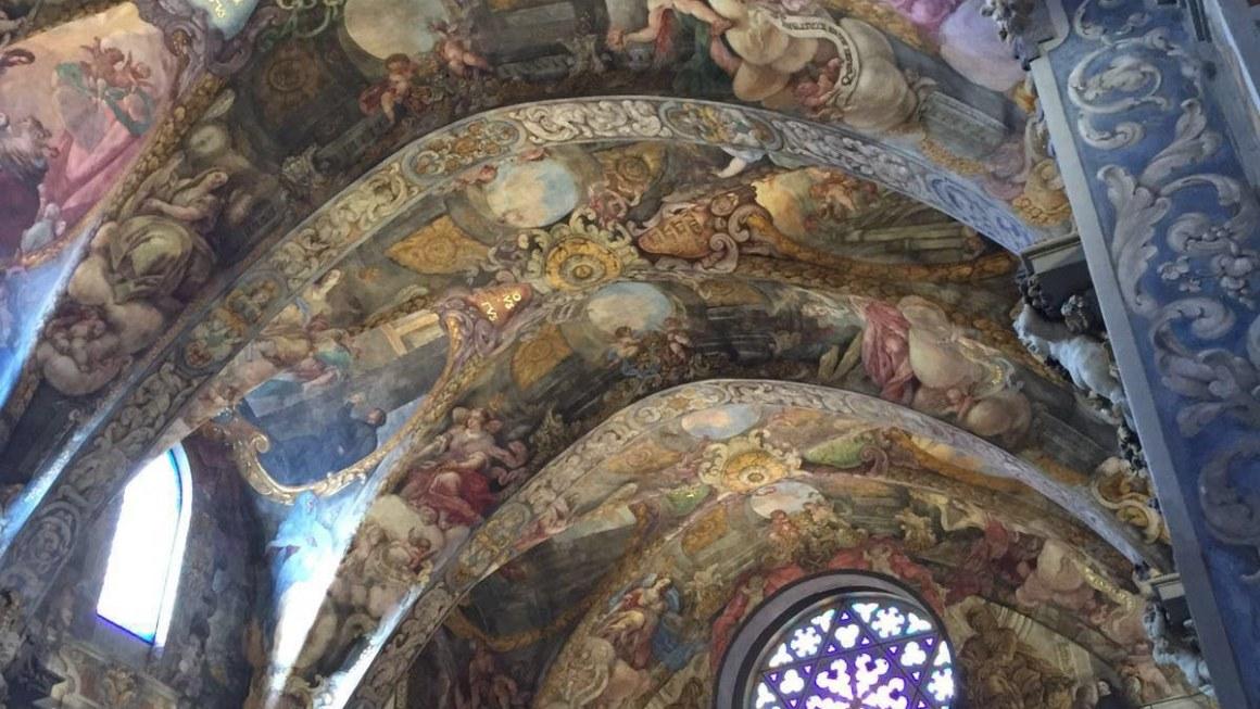 Un vistazo al maravilloso techo de San Nicolás en Valencia
