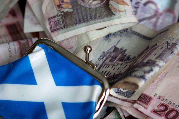 La moneda en Escocia y sus billetes