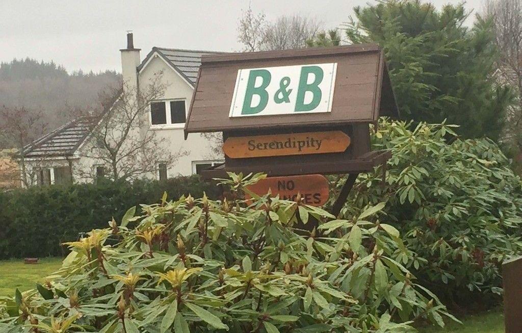 Serendipity B&B: descansando cerca del Lago Ness