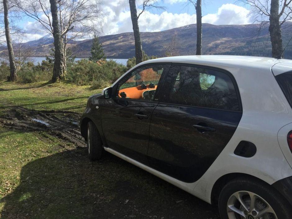 Este coche nos llevó a los rincones más inhóspitos de Escocia