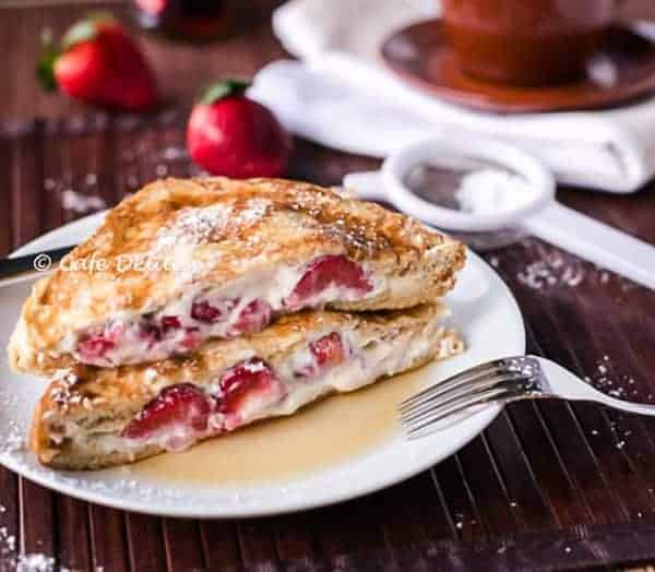 Strawberries and Cream French Toasts | http://cafedelites.com