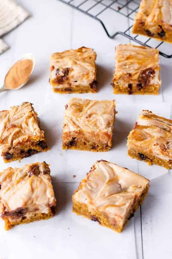 Cinnamon Cheesecake Swirl Pumpkin Blondies - Cafe Delites