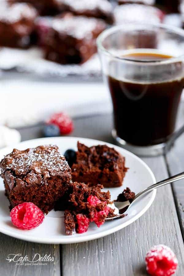 Mixed Berry Nutella Brownies | http://cafedelites.com