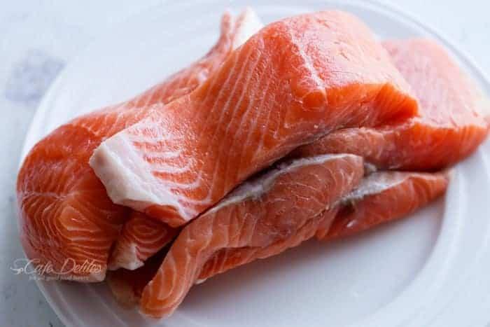 Easy Salmon Piccata | https://cafedelites.com