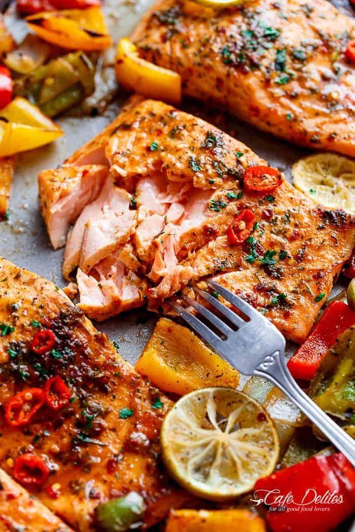 Sheet Pan Chili Lime Salmon With Fajita Flavours, And A Charred, Crispy  Roasted Trio