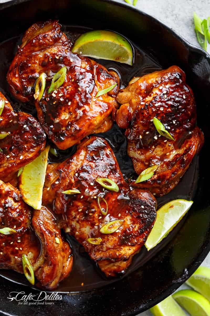 Honey garlic sriracha chicken cafe delites theres nothing like a good chicken recipe to have in your recipe collection to whip out when you have company this is one of those recipes forumfinder Images