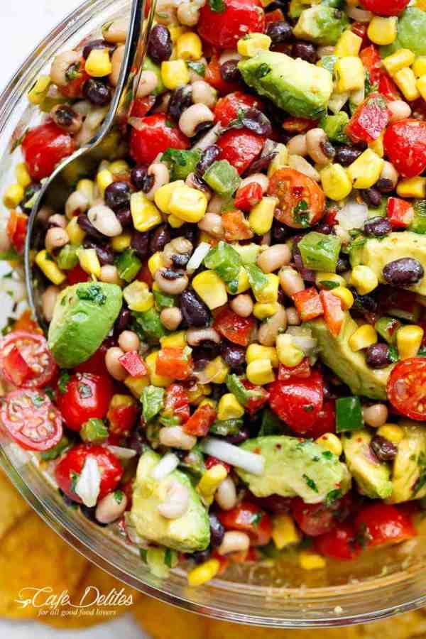 Chili Lime Texas Caviar (also known as Cowboy Caviar) is the BEST salad, side dish or appetiser for any occasion!Vegan AND gluten free! | https://cafedelites.com