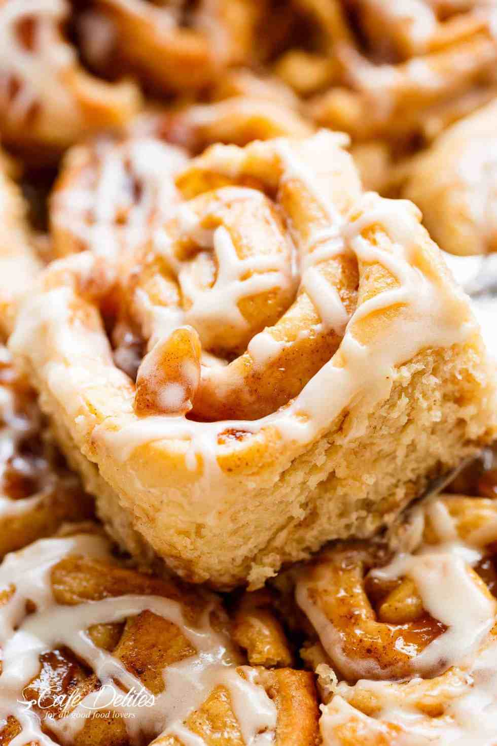 how to make cinnamon roll filling