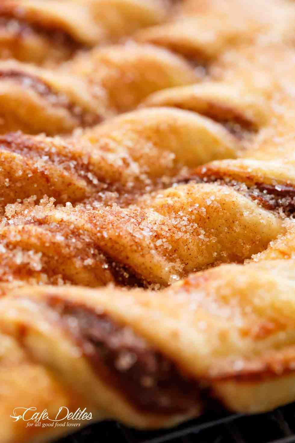Cinnamon Sugar Nutella Christmas Tree! | cafedelites.com