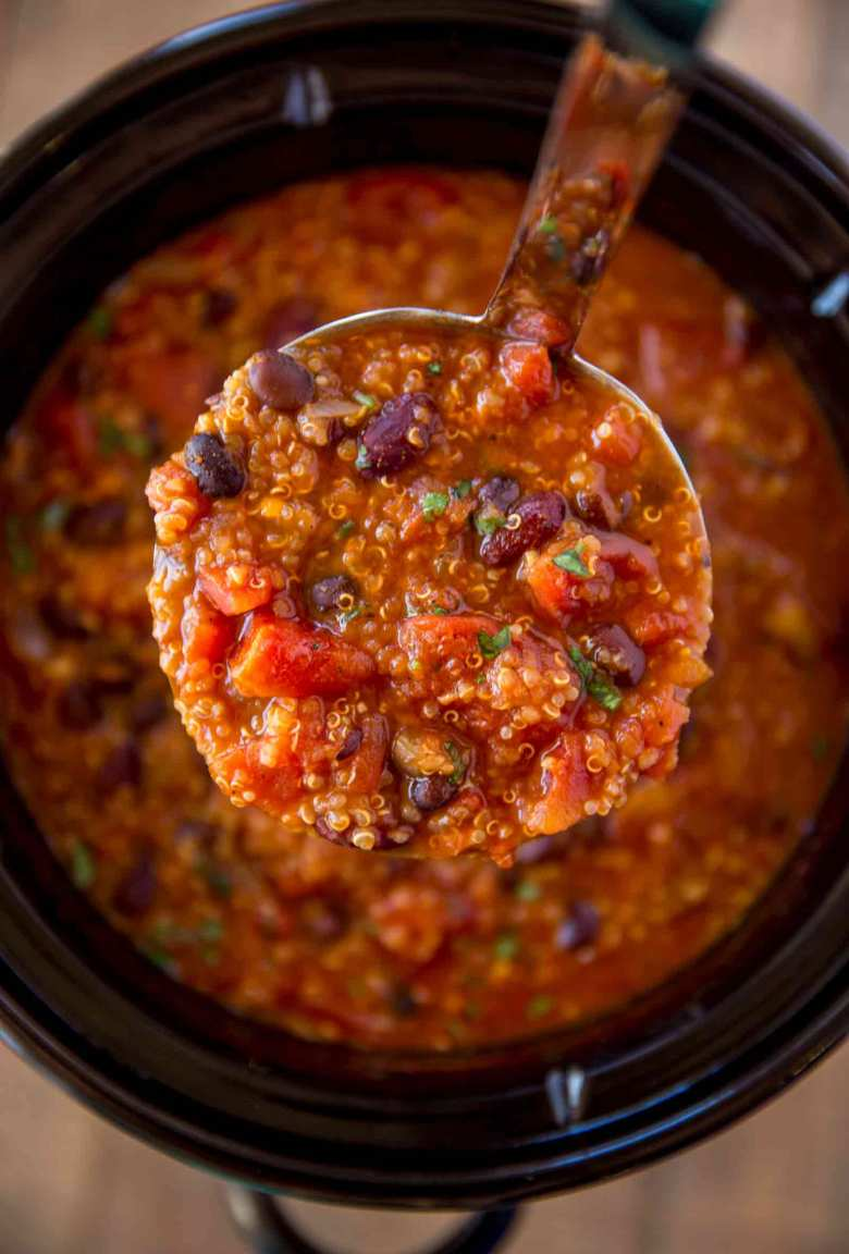 Slow Cooker Vegetarian Quinoa Chili