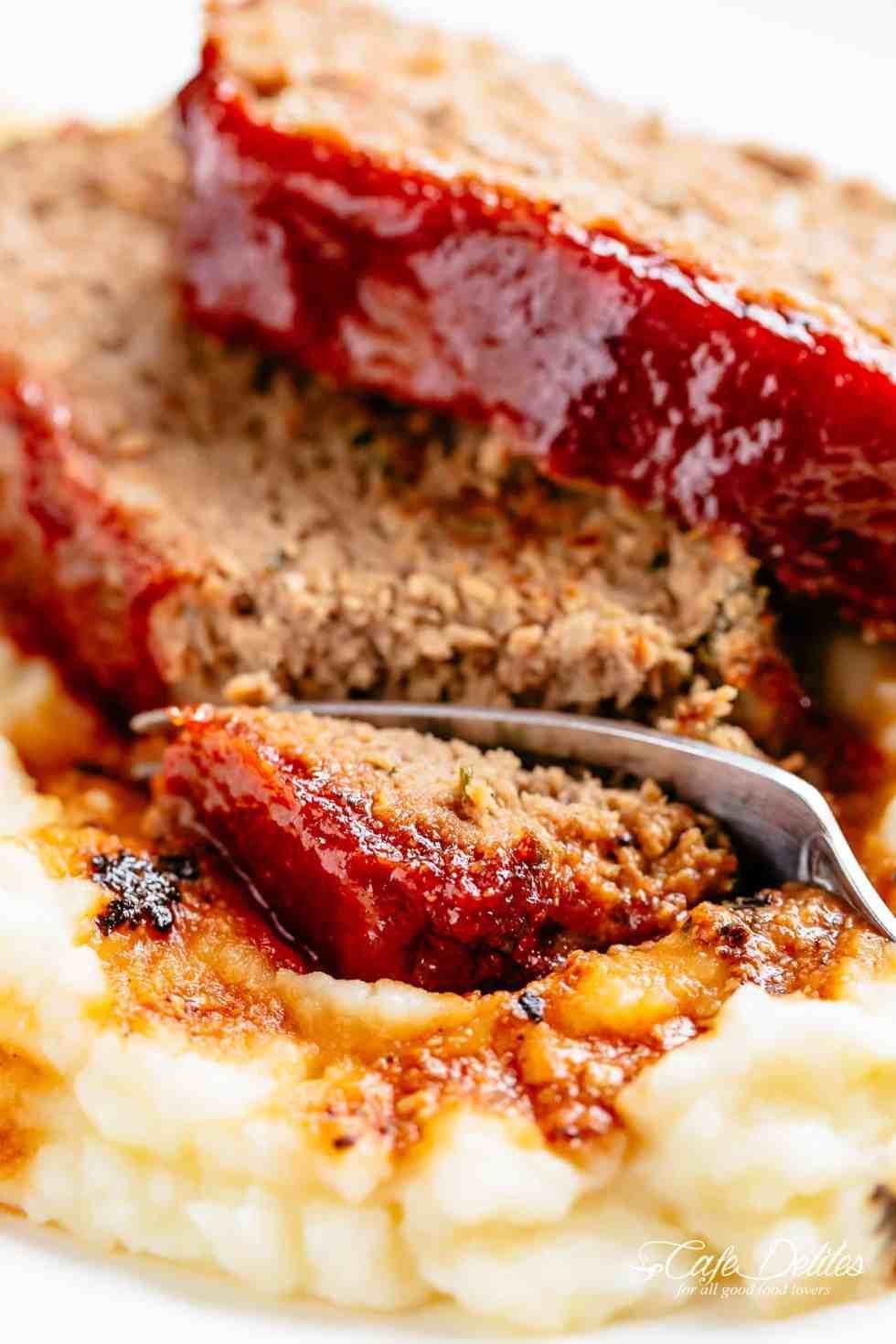 Meatloaf and mashed potatoes | cafedelites.com