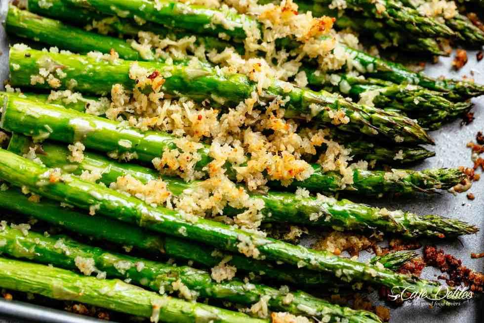 Garlic Butter Roasted Asparagus | cafedelites.com