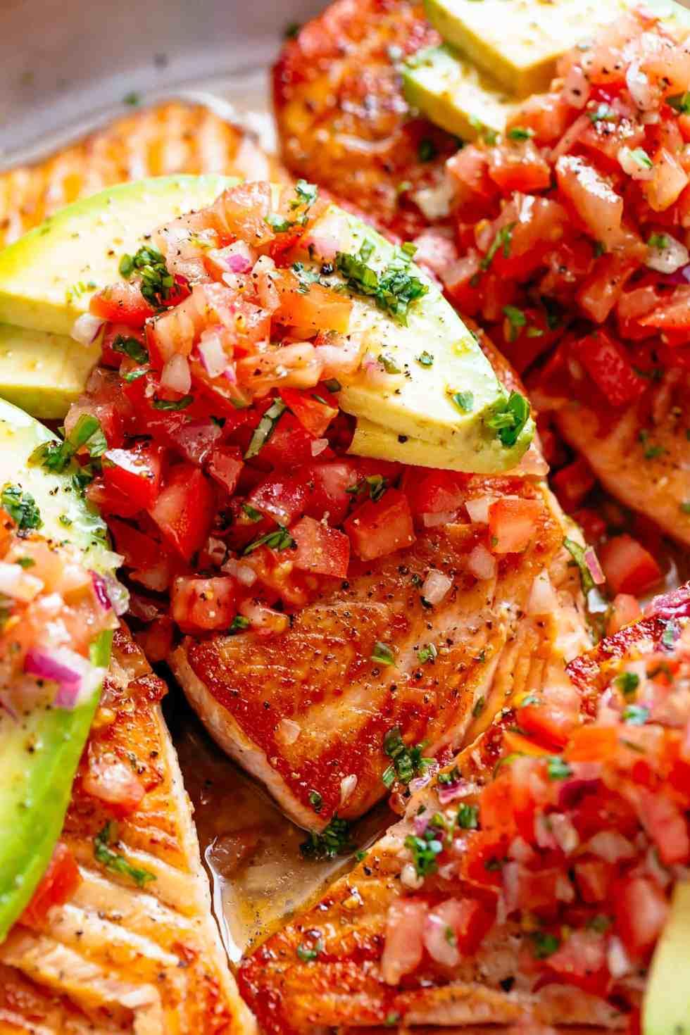 Pan Seared Salmon with tomato salsa and avocado! | cafedelites.com