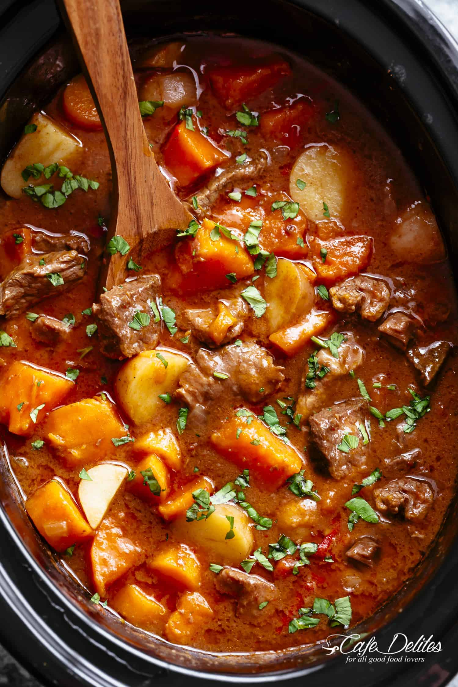 Potato with ribs stew in a slow cooker: recipes 35