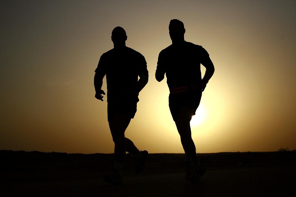 runners sunset