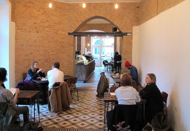 Distrikt coffee house in Berlin
