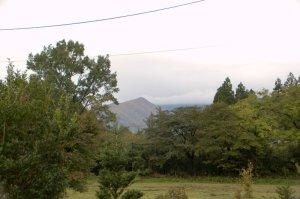 cafe fuaから屏風岳を望む