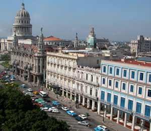 Encuesta: 64% de los residentes de Miami a favor de cambiar la política hacia Cuba