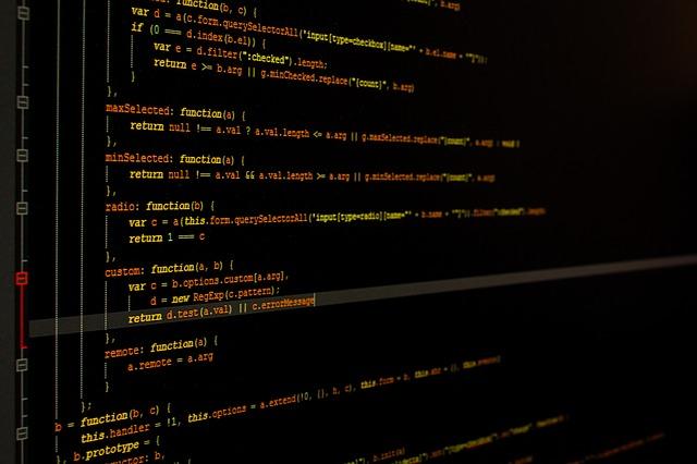 monitor-933392_640 8 dicas para você ser um programador melhor