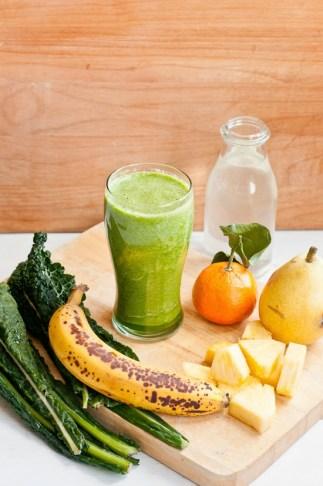 Kale Sunrise Green Smoothie - Cafe Johnsonia