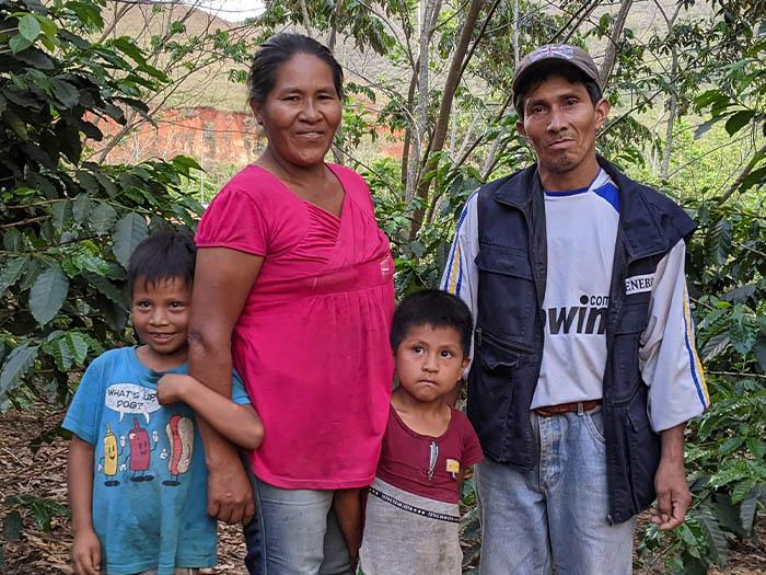 cafe kreyol coffee farmer Mulihuari cocaine for coffee colombia bolivia 01