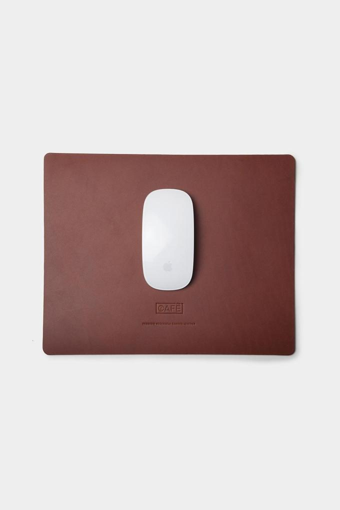 Large leather mousepad brown handcrafted in Spain.