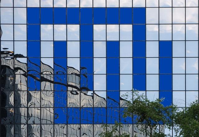 Monday Window - logo image