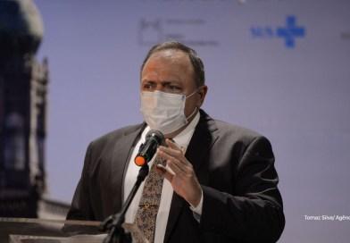 Ministro da Saúde espera vacinar 50% da população até junho e 100% até o final do ano
