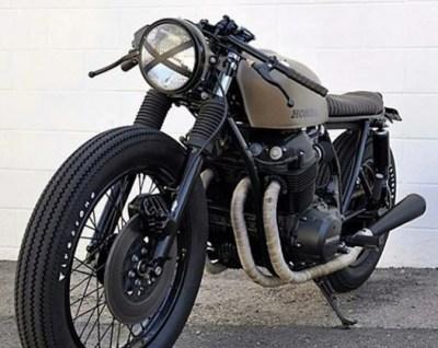 x en faro de moto cafe racer