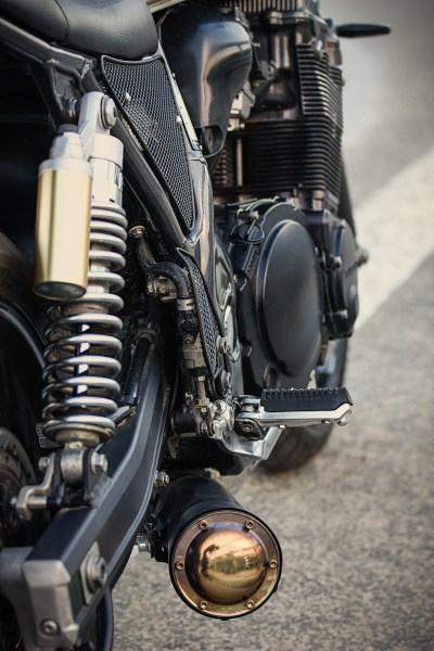 Suzuki GSX1200 Inazuma Dragster by J22 Garage