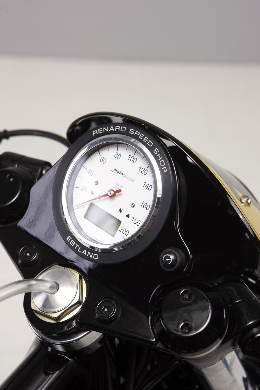 BMW R60 Factory Racer by Renard Speed Shop