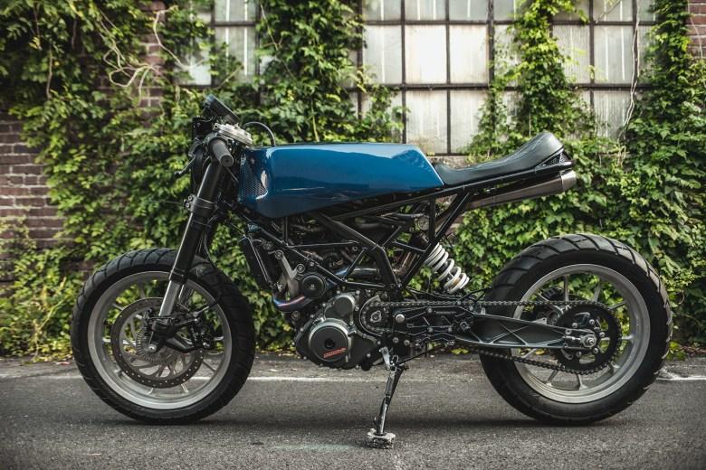 "KTM RC390 ""Angular"" by One-Up Moto Garage"