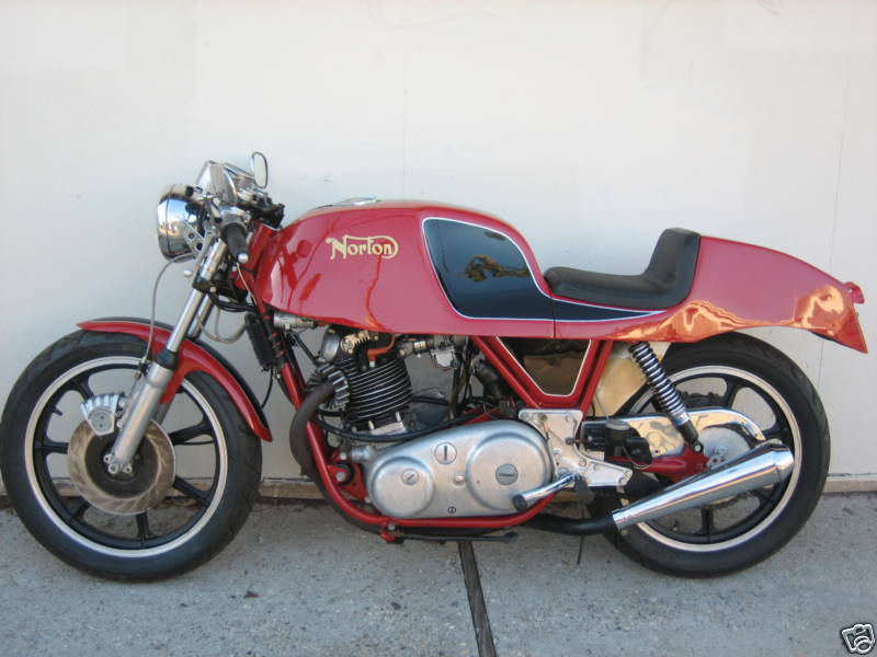 Norton 750 Commando Gus Kuhn Cafe Racer 011