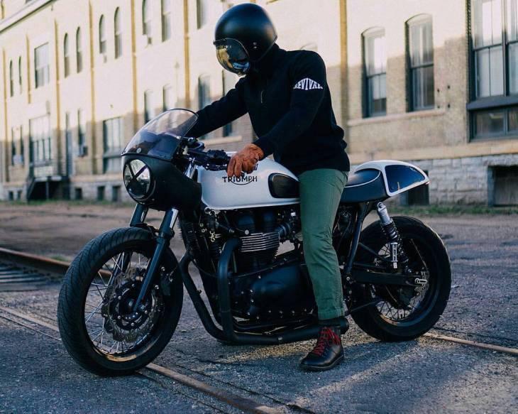 """Here's to raising hell..."" — @diariesofacaferacer // Page 113/366 .  #caferacer #caferacers #caferacersofinstagram #caferacersculture #caferacerbuilds #vintage #vintagestyle #vintagefashion #motocycle #moto #motos #motorcycles #oldstyle #oldschool #bratstyle #motorbike #motor #helmet"